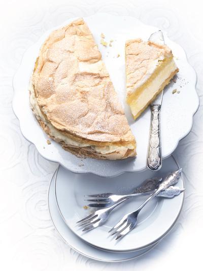 Au menu ce midi le gâteau de #crêpes au lemon curd #goûter #recetteduj...