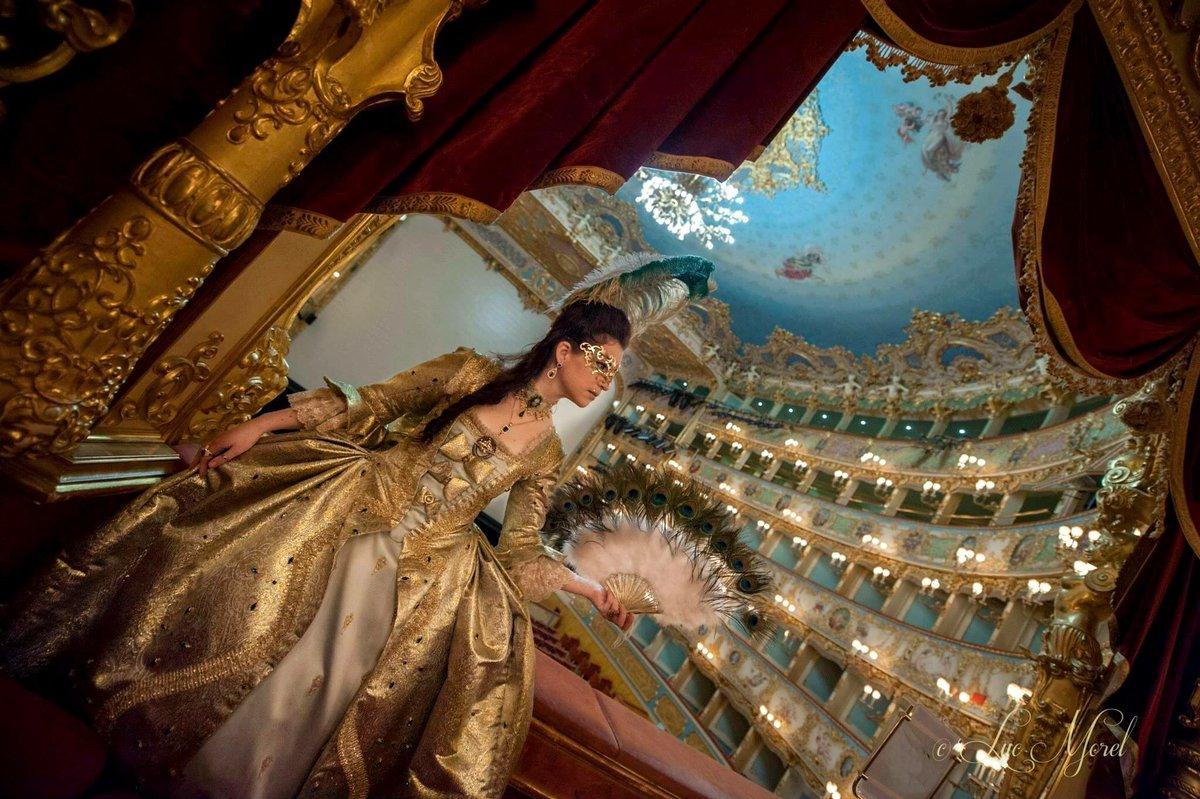 Buon #CarnevaleVenezia2017 a tutti!! #buonadomenica https://t.co/N4UZu...