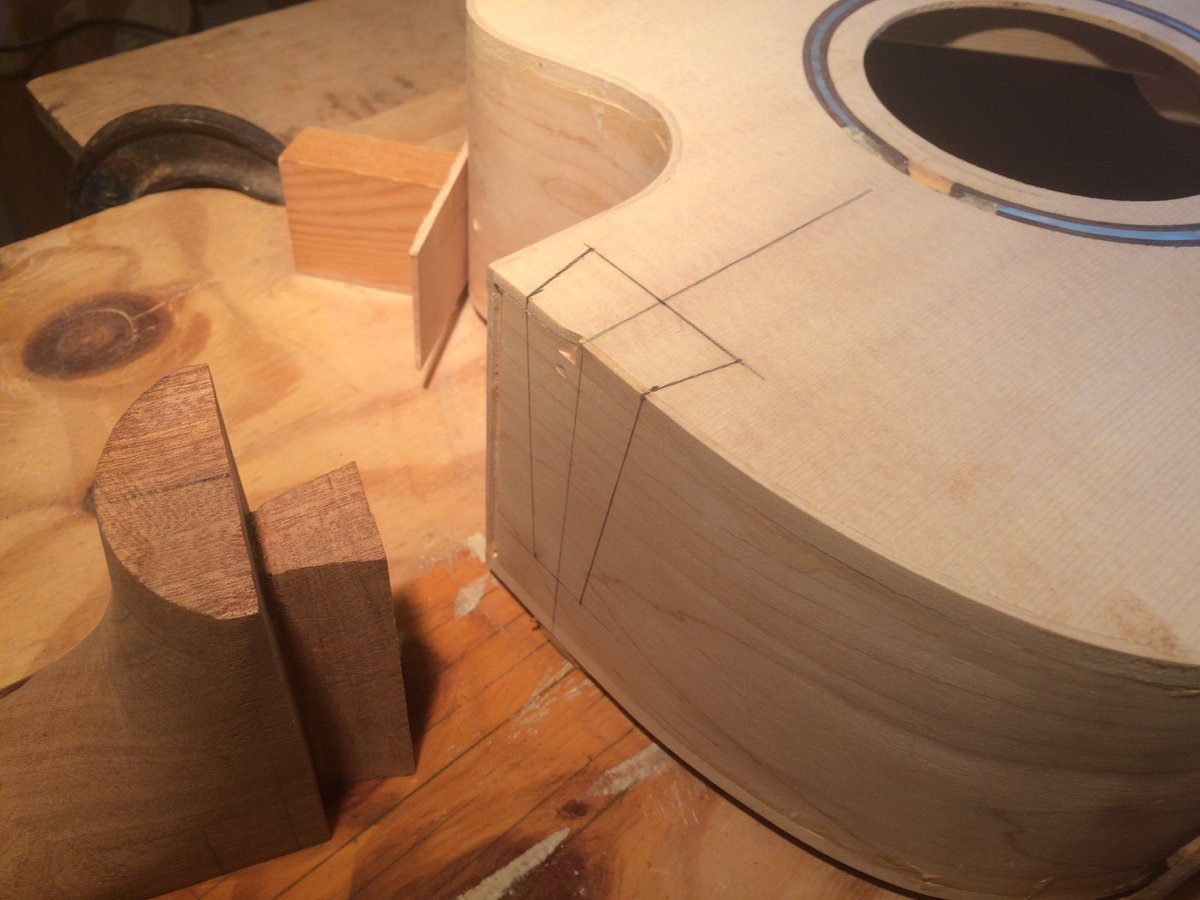 The tricky bit! #guitarbuilding #luthier <br>http://pic.twitter.com/gAoe4zoYSH