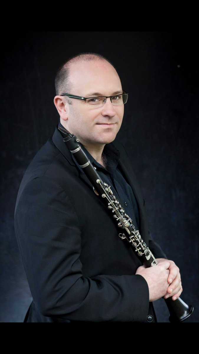 Philip Arkinstall, Associate Principal Clarinet of @MelbSymphony has joined the team! #TeamOnV #clarinet (photo credit Belinda Strodder) <br>http://pic.twitter.com/lyxtqm5DSx