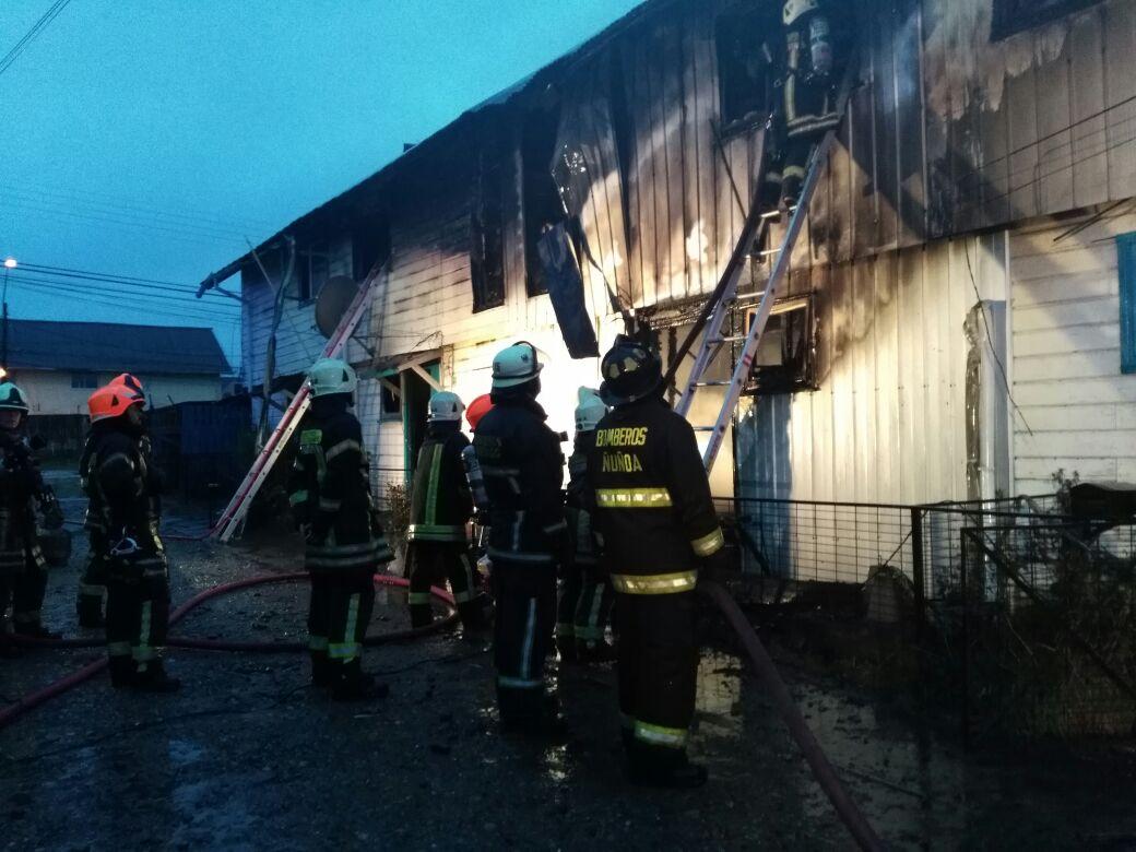 Dos niños y un adulto mueren en incendio en Población 18 de Septiembre...