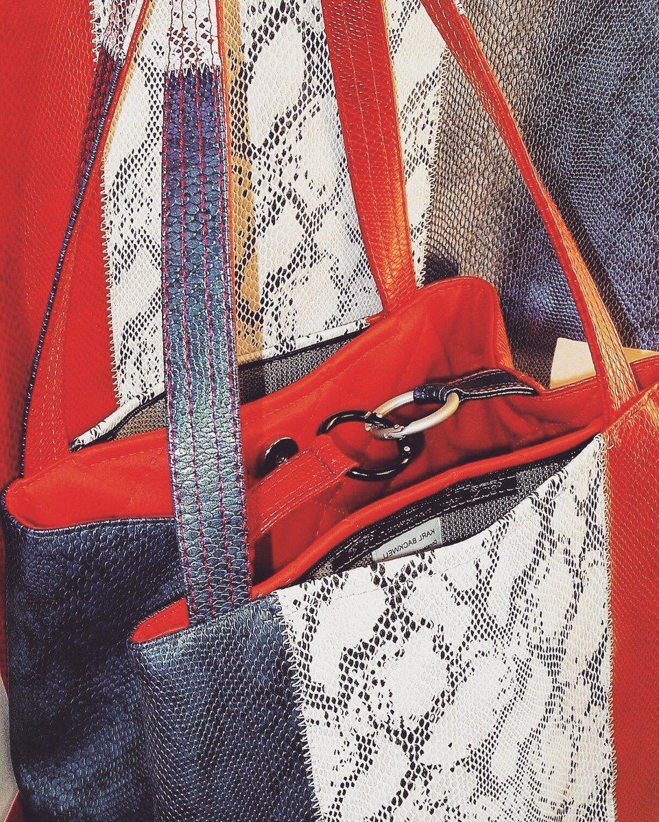 L&#39;#artisan du #jour:@KarlBackwell #Création de #sacs #réversibles avec des #poches #Antipickpockets  http://www. scarlettboutique.com / &nbsp;   #bag #sac #art<br>http://pic.twitter.com/lhXMJiEnad