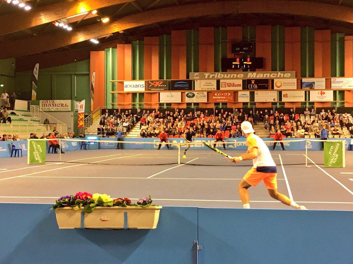 Victoire du Français @_bourguinho en finale de l&#39;@ATPChallenger de #Cherbourg ! #tennis #Normandie<br>http://pic.twitter.com/IvDE5UfkBS