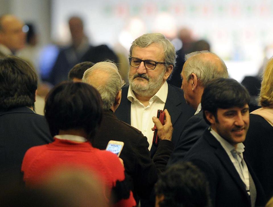 Michele Emiliano ci ripensa sulla scissione del Pd?
