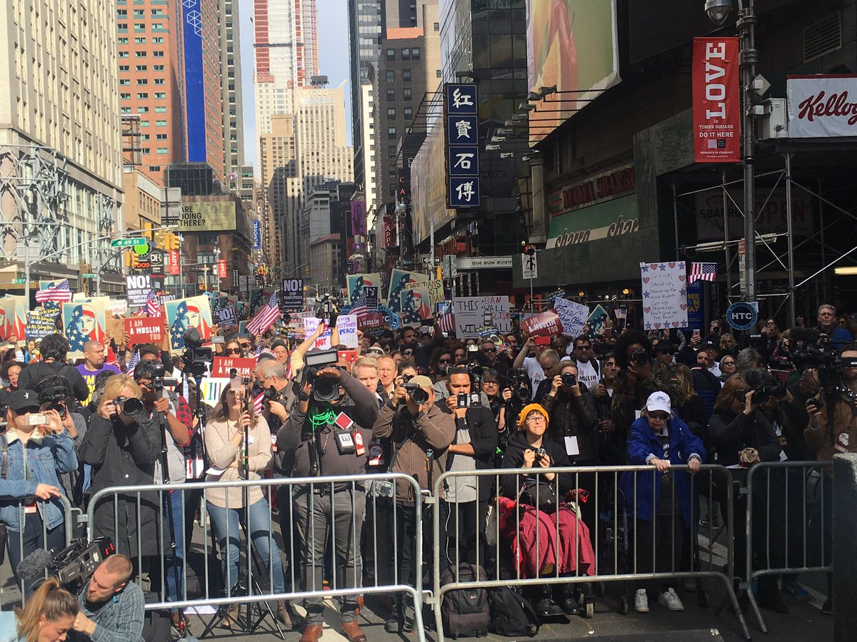 Look at the beautiful diversity of the #iammuslimtoo rally in NYC. This is the best of America