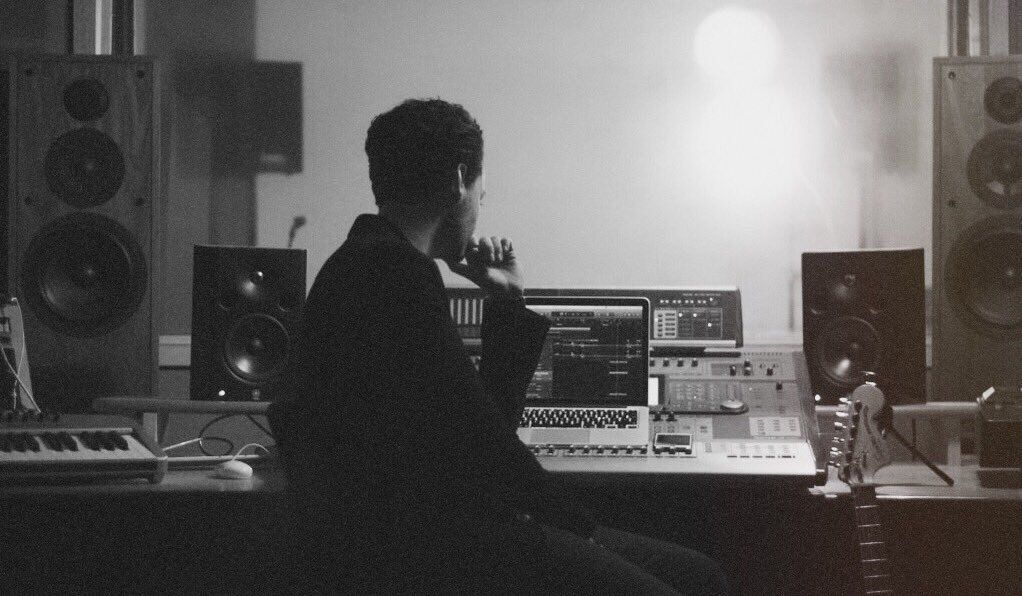 It&#39;s time   @BenStancombe #STUDIOLife #Musician #Audiograbber<br>http://pic.twitter.com/pnmA24I2HQ