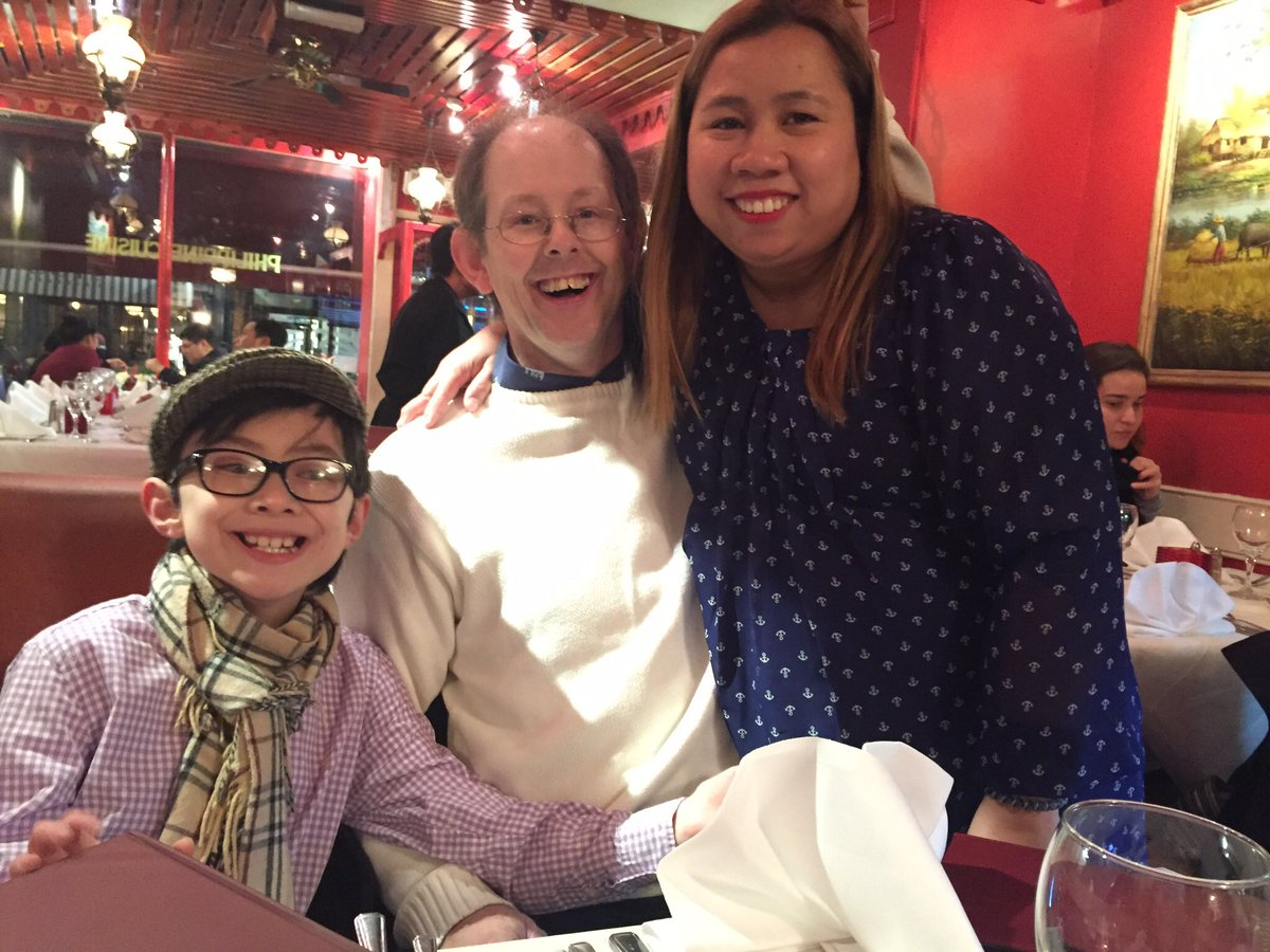 Had a wonderful time in London yesterday! We watched a TV recording &amp; had a sumptuous lunch at Josephine&#39;s Filipino restaurant  #FamilyTime <br>http://pic.twitter.com/DrBPhDchU6
