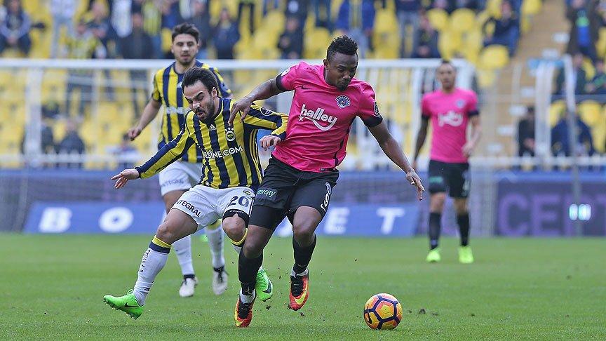 Fenerbahçe'ye gündüz maçı yaramadı https://t.co/4jgiBlm55S https://t.c...