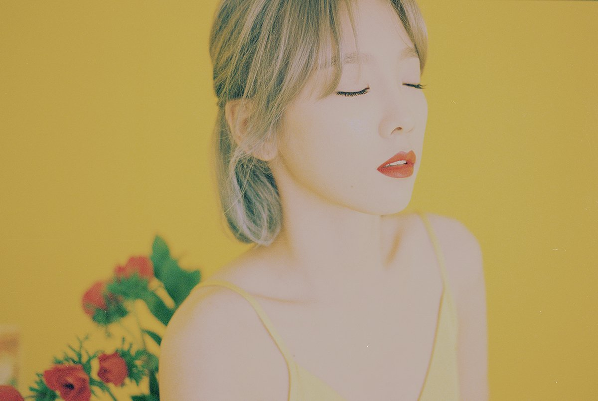 Taeyeon releases teaser images for her 1st full album