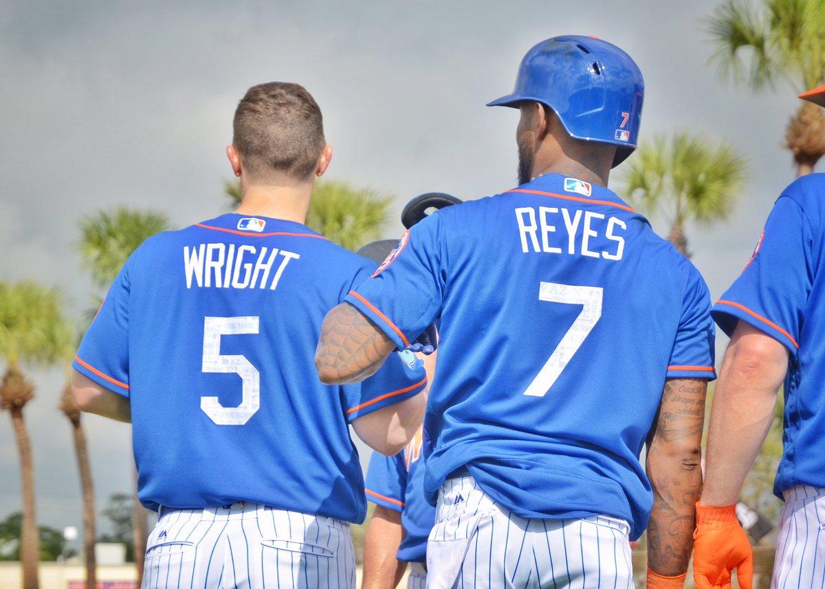 Wright and @lamelaza_7, together again!!!! #LGM #Mets #SpringTraining #MLB @MLB https://t.co/ac2UttZtYE
