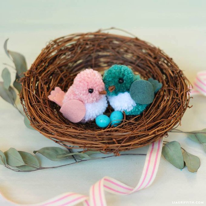 Adorable DIY Yarn Birds