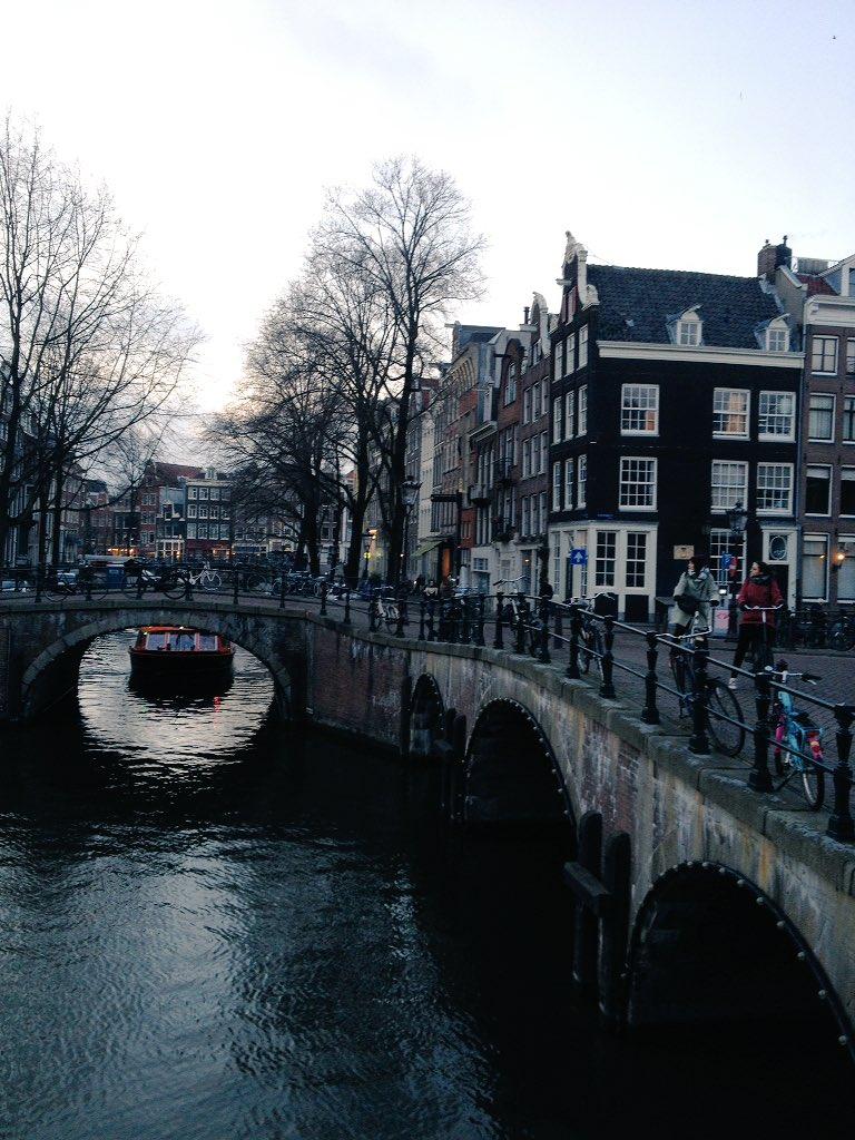 Scorci #Amsterdam <br>http://pic.twitter.com/csVSBBVYBN