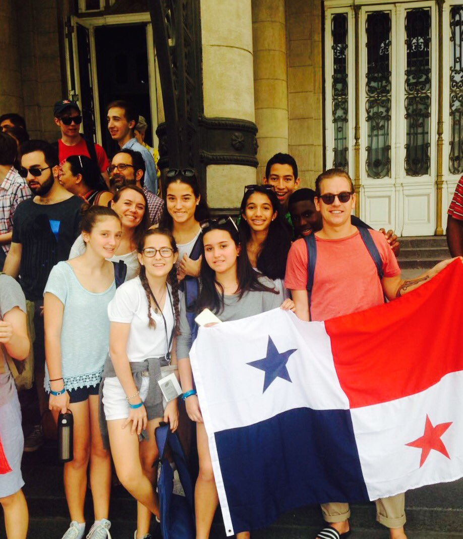 Amazing educational &amp; cultural experience for pupils @ PanAmerican Championships 2017 in Buenos Aires #debate @ArgentineDebate @SirRogerFry<br>http://pic.twitter.com/mizfAKNmGr