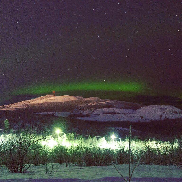 Tonight in Kiruna, Sweden  #aurora #Auroraborealis #lastnightinsweden #winter #interrail<br>http://pic.twitter.com/jjudB5oJDH