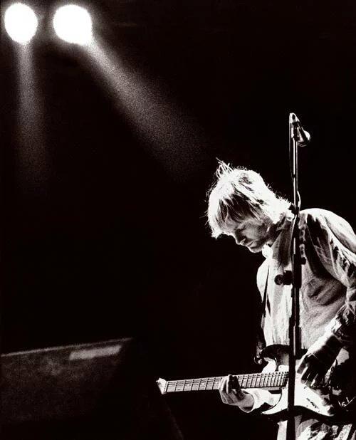 R.I.P Kurt Cobain  I love and respect you. Happy birthday!!