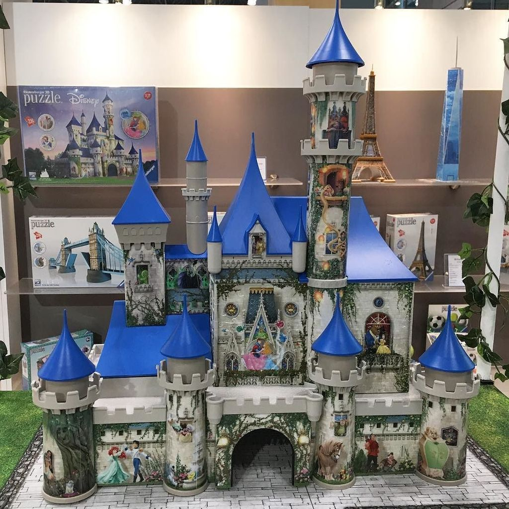 This #DisneyCastle 3D #puzzle from @ravensburgerpuzzle is pure magic! #disneyside #tfny #t…  http:// ift.tt/2m1sMRf  &nbsp;  <br>http://pic.twitter.com/bFz0IPIhop