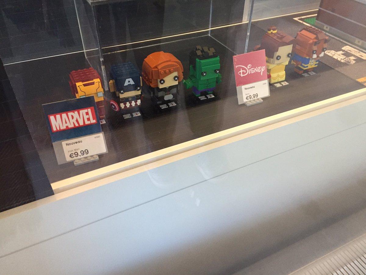 Les personnages #Avengers #Marvel &amp; #LaBelleEtLaBete au Lego Store #Paris #Nouveau <br>http://pic.twitter.com/SmcMbgp8W2