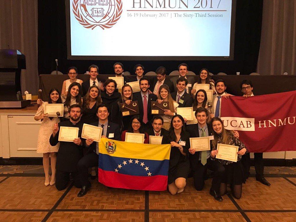UCAB gana Mejor Delegación y Mejor Delegación Internacional en Modelo...