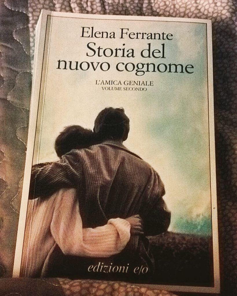 Magie. #elenaferrante #lamicageniale #book #read #life #love #night<br>http://pic.twitter.com/zdhay4e4dt