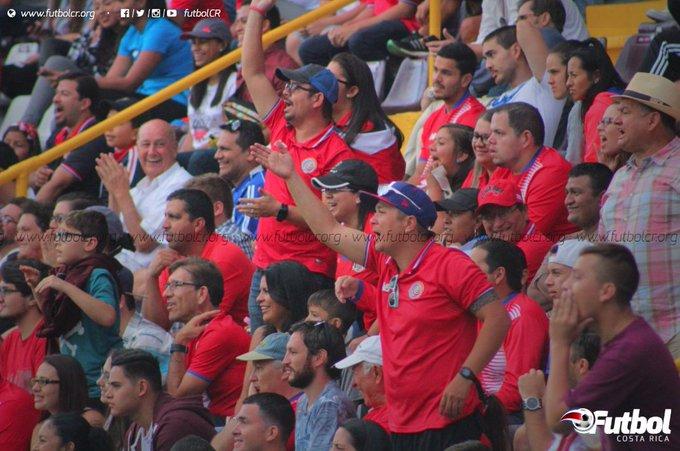Campeonato CONCACAF 2017: El Salvador 1 Costa Rica 0. C5EYXDHWYAI7EcE