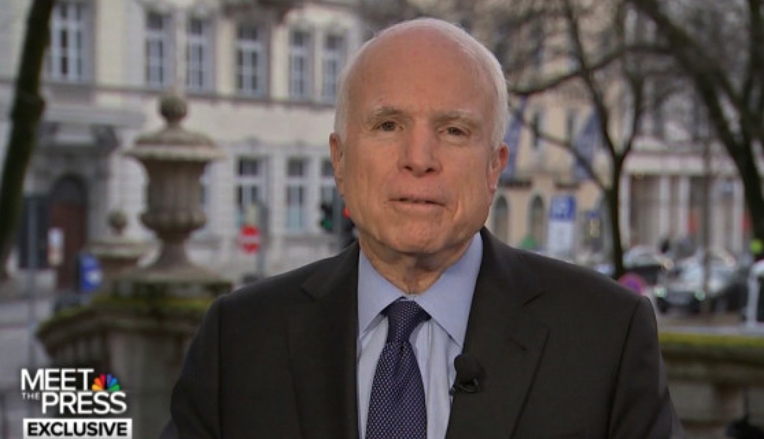 McCain sobre Trump: 'Así es como comienzan los dictadores'  https://t.co/HcQ3PTGNbt by #CNNEE via @c0nvey https://t.co/3yGqwKTG6M