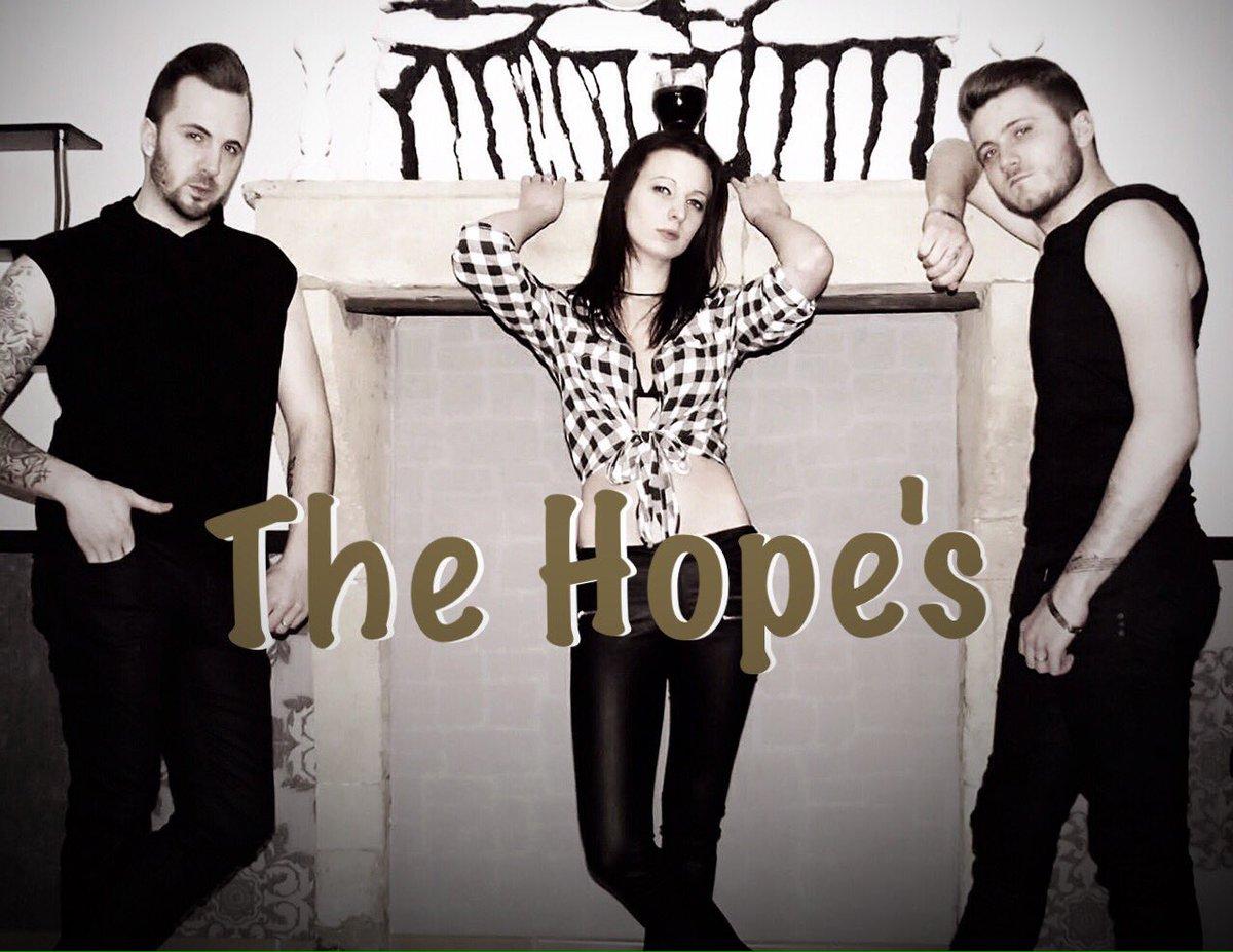The Hope&#39;s arrive avec quelques nouveautés   #pop/rnb #restefort #album-en-preparation <br>http://pic.twitter.com/gMS214scdf