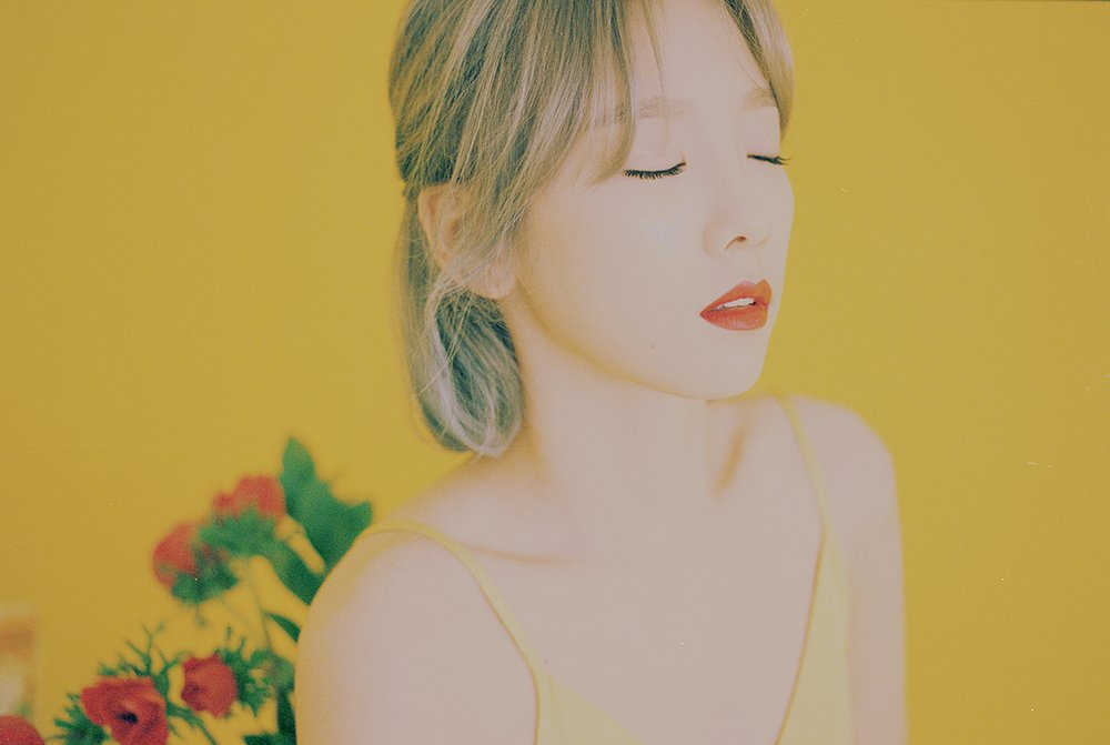 Taeyeon confirms her first ever full album release for the 28th with title song \