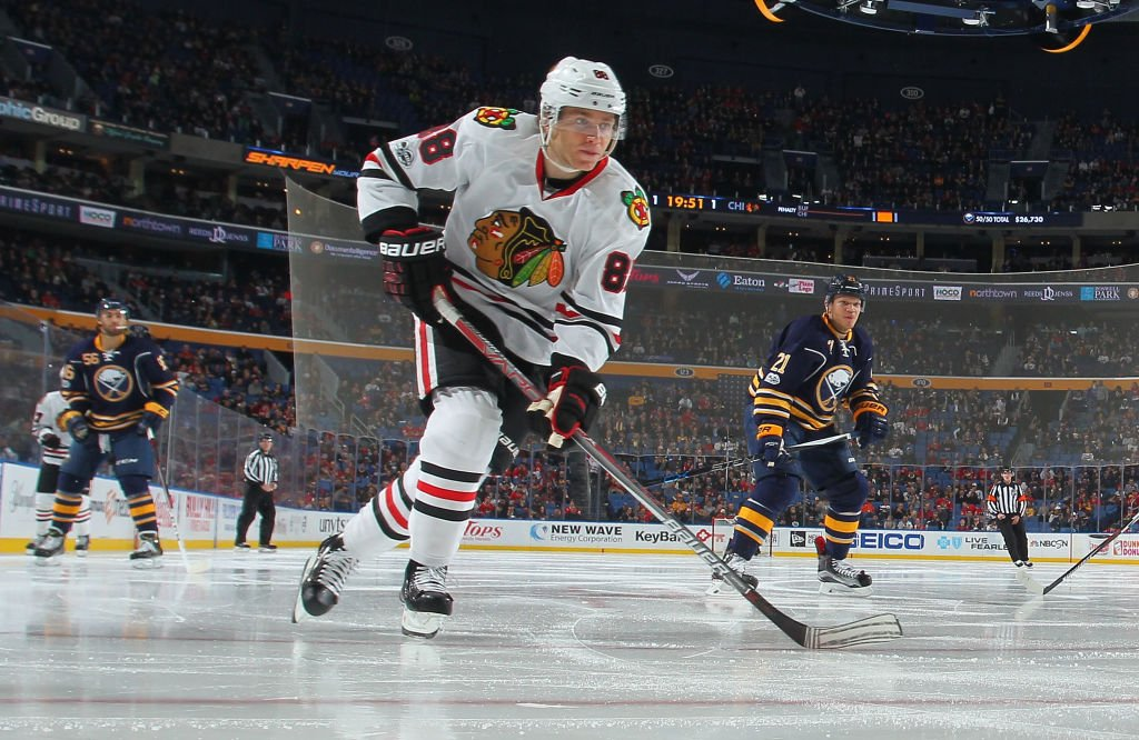 .@88PKane scores his 20th of the season and extends Chicago's lead to...