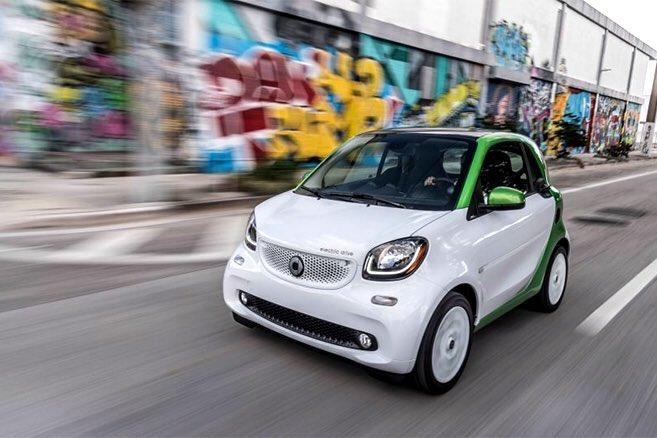 #Smart ne vendra plus que de l'électrique  aux #EtatsUnis  &amp; #Canada  @MondialAuto @Auto_Propre  https:// cdn.ampproject.org/c/www.automobi le-propre.com/smart-ne-vendra-plus-de-lelectrique-aux-etats-unis-canada/amp/ &nbsp; …  @autoelectrique <br>http://pic.twitter.com/VMSARbw0Wf