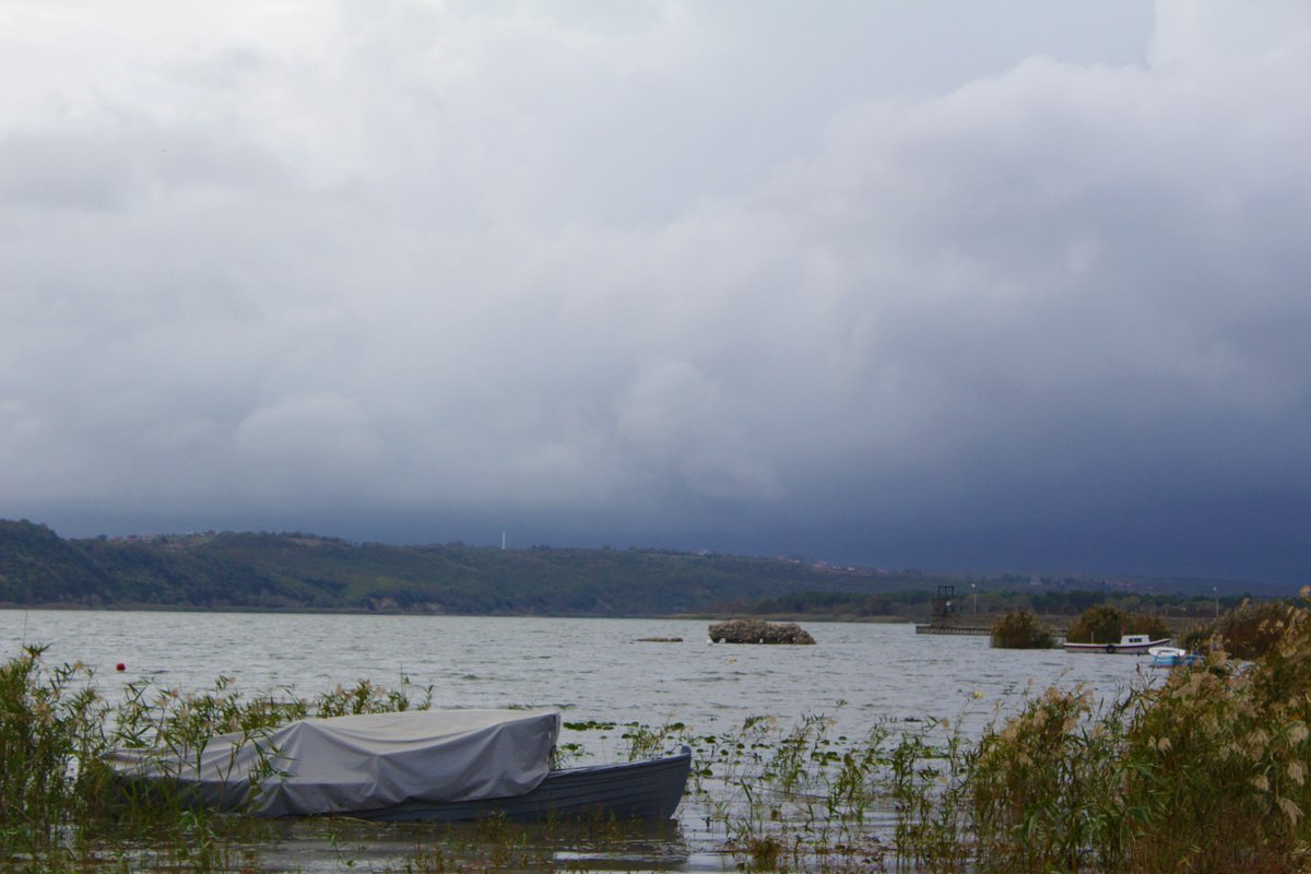 Hayırlı sabahlar... Yağmur kadar bereketli bir gün, bir hafta dileriz....