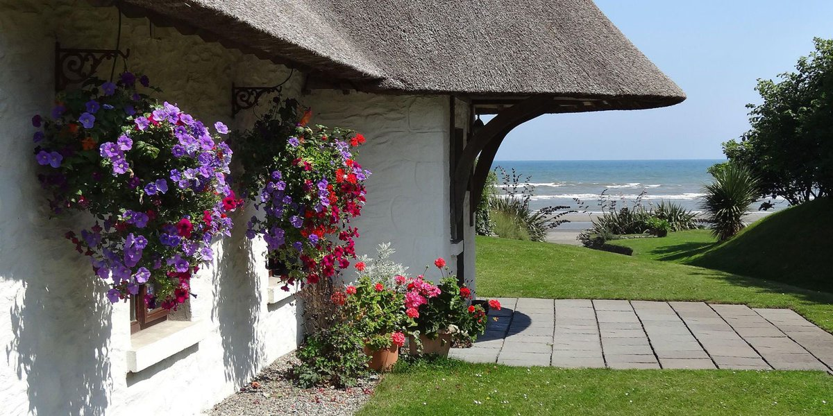 This cottage has been named the Best Beach Holiday Home in Europe http...