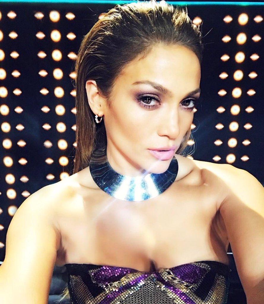 Jennifer Lopez (@JLo) ... Jennifer Lopez