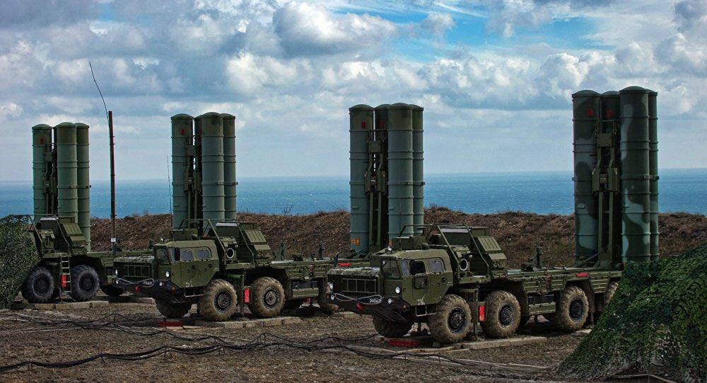 #Russia, #Turkey Negotiating Deal on S-400 Missile Systems #defence   Turkey still member of #NATO?    https:// sputniknews.com/military/20170 2201050860475-russia-turkey-s-400-deal-talks/ &nbsp; …  @SputnikInt<br>http://pic.twitter.com/H0wx5ikHwJ