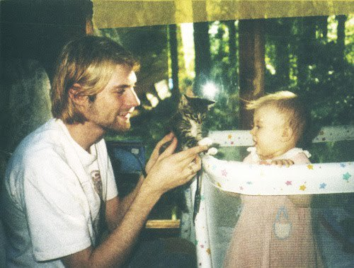 #ThrowbackOfTheDay: Kurt and Frances Bean Cobain, plus a cat — 1993 ht...