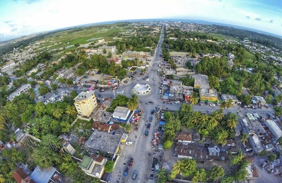 Darlens Eliassaint On Twitter Vue Aerienne De Ma Ville Natale Les Cayes
