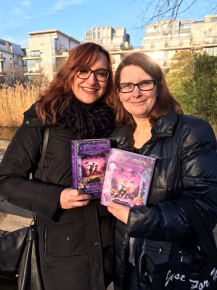 @chriscolfer I got to meet @kind_otter_nel_ &amp; @este_cash again.My heart is full of happiness thanks to you #Hugs4Chris #from #ItalyAndFrance<br>http://pic.twitter.com/C2aRXA2DyC