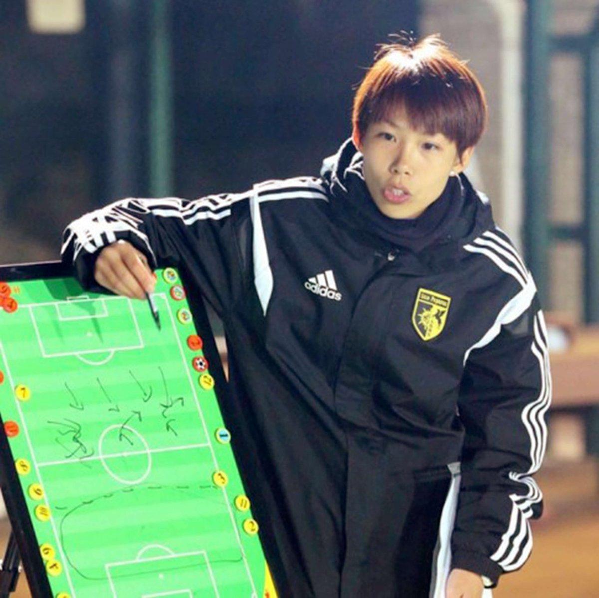 تشان يون-تينغ مدربة إيسترن من هونج كونج ستصبح أول امرأة تقود فريقا للر...
