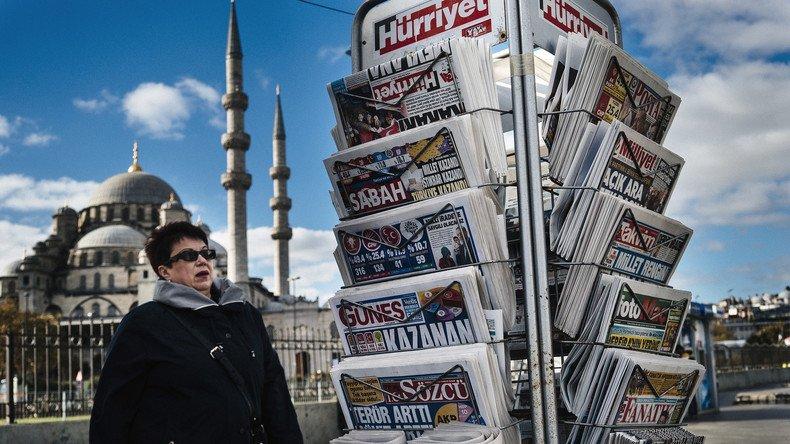 Un journal satirique turc contraint de mettre la clé sous la porte après une caricature de #Moïse #turquie #presse  https:// francais.rt.com/international/ 34204-journal-satirique-turc-contraint-fermer-caricature-moise &nbsp; … <br>http://pic.twitter.com/qM7x6imLfb