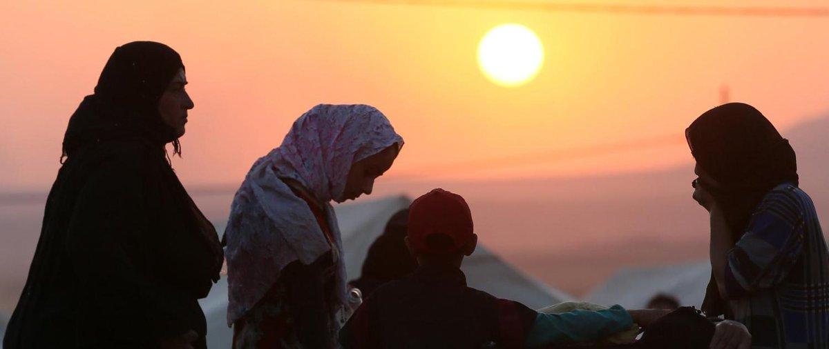 Daech viole les femmes sunnites qui fuient l&#39;#Irak, dénonce #HRW  http:// bit.ly/2lm1epH  &nbsp;  <br>http://pic.twitter.com/sjR1e1jKEK