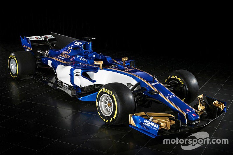 Sauber reveals its 2017 F1 challenger: https://t.co/zai9ZUYJhU #F1 htt...