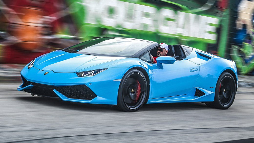 Morning Tweeps!  Here&#39;s our #MondayMotivation - #Lamborghini #Huracan  Have a great day #supercar fans everywhere  #Motorhappy #KPRS #87RT <br>http://pic.twitter.com/A0Otgx0RgV