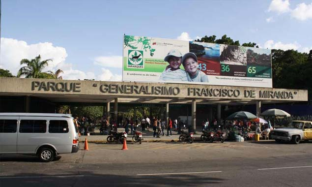 Nacionales: Murieron 3 búhos de Parque del Este y 6 guacamayas de Cari...