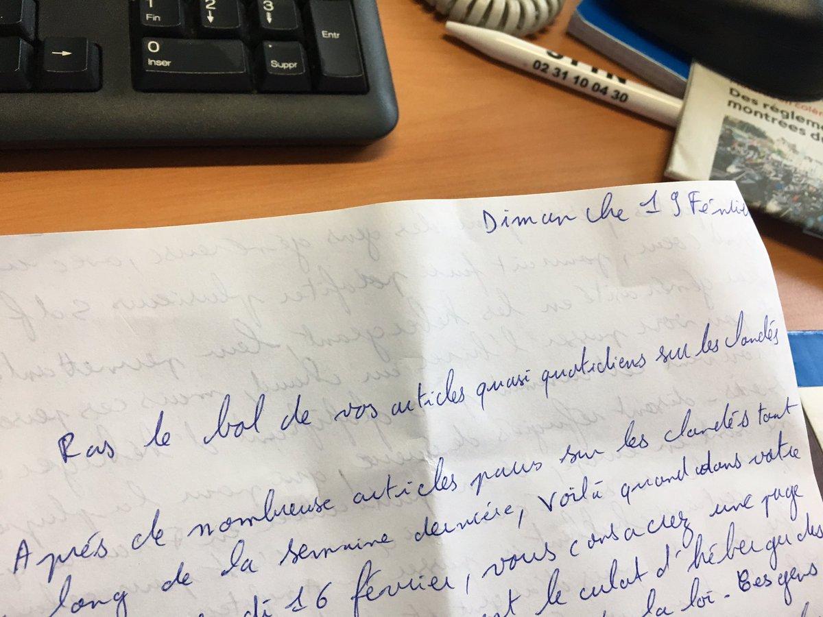 Commencer la semaine par une lettre anonyme, raciste et dénonciatrice sur les migrants... La haine au quotidien #Cherbourg <br>http://pic.twitter.com/71UyGaF8DF