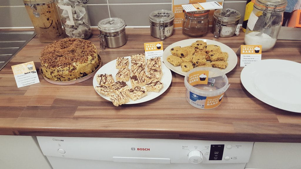 kickstarting our #GreatLegalBake at 48 Chancery Lane with Salted Caramel Cake, Marshmallow Crispies and Flapjack- pop in buy some treats! https://t.co/v8G474ATYl