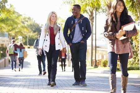 College students at risk of &quot;hidden&quot; #hearingloss  http:// buff.ly/2kOGHrZ  &nbsp;   #hearing #collegestudents #earcare<br>http://pic.twitter.com/Q8kkENCvED