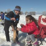 Syrian refugee families go ice fishing on the Ottawa River https://t.co/B6FpQW6AWm #ottnews #ottawa