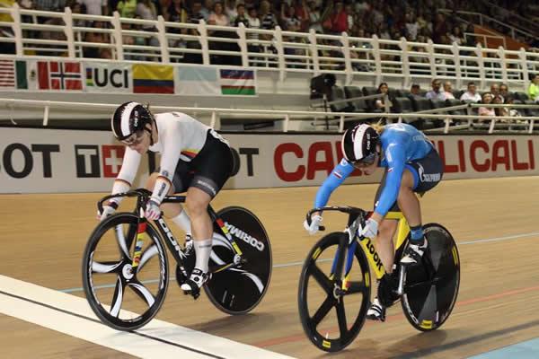 Piste - CDM : Les résultats de la troisième journée à Cali #UCI #Piste #CDM #Cali #track #kopecky #vogel  http:// dlvr.it/NQhxYR  &nbsp;  <br>http://pic.twitter.com/2H9SM8lm18