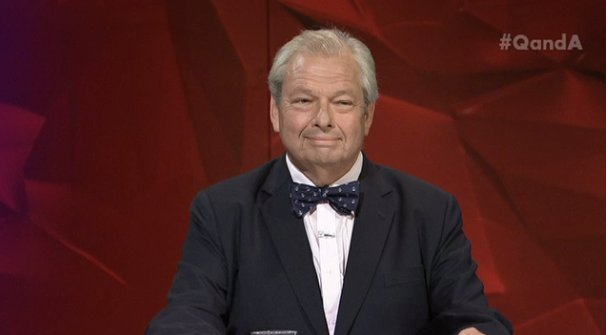 Blame the dole bludgers, said the man in the silk bowtie #qanda https:...