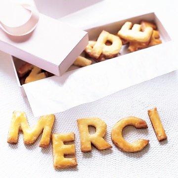 2000 abonnés sur youtube Merciiiii  #youtube <br>http://pic.twitter.com/Lxmuy83IXP