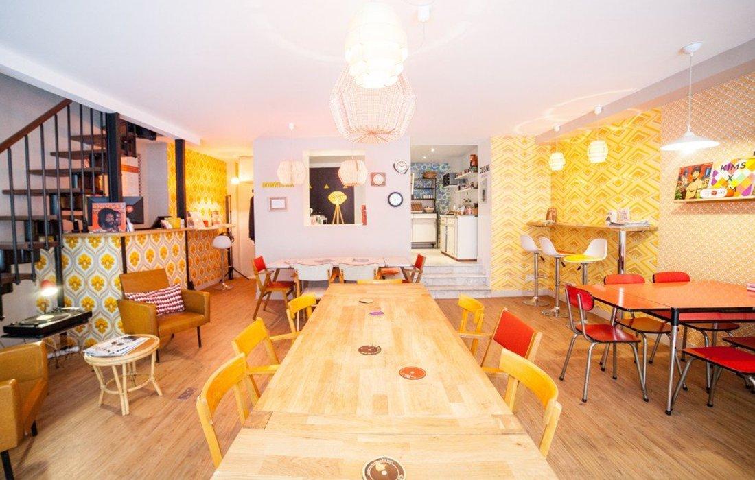 Free Coffee &amp; Food + Ambiance à la cool = @le10h10 ouvre un second espace de travail ! #BonsPlans #CodePromo  http:// bit.ly/2kPVKld  &nbsp;  <br>http://pic.twitter.com/xuZOgLqzyA